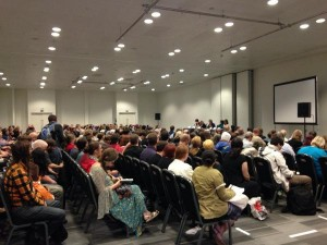 Photo of the ginormous audience at the Fantasy and Medievalism panel at LonCon 3, 2014.